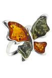 Серебряное кольцо с резьблеными янтарными камнями «Бабочка»