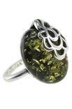 Серебряное кольцо с янтарем «Камелия»